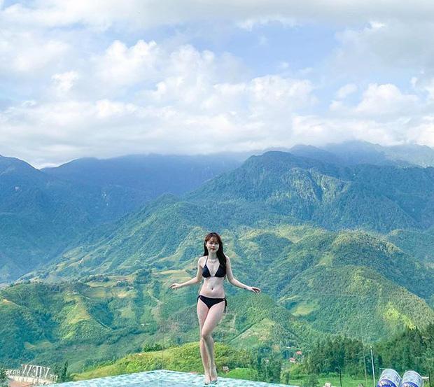 ban-gai-quang-hai-dien-bikini-khoe-body-sexy-nong-bong-mat-giua-dat-troi-sapa-4257523