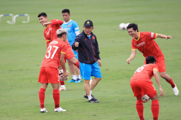 chuyen-gia-chau-a-tien-tri-ve-ket-qua-thi-dau-cua-tuyen-viet-nam-tai-vl-world-cup-2022