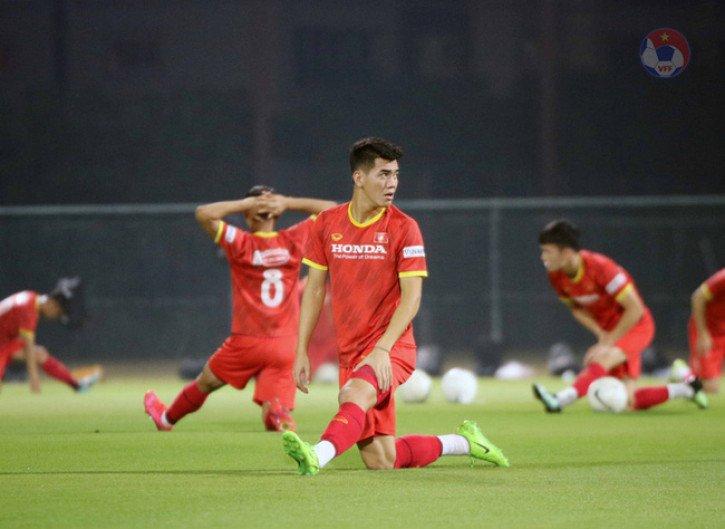 dt-viet-nam-nguy-co-mat-them-tien-linh-o-2-tran-dau-tai-vong-loai-3-world-cup