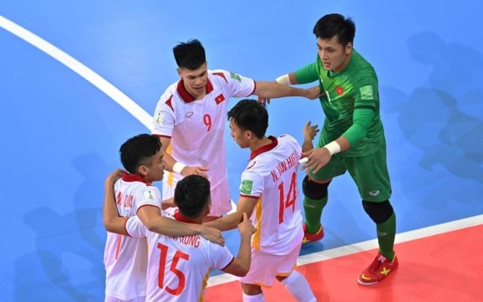 dt-viet-nam-nhan-tin-khong-the-vui-hon-tu-nga-tran-tre-co-hoi-lam-nen-lich-su-tai-world-cup