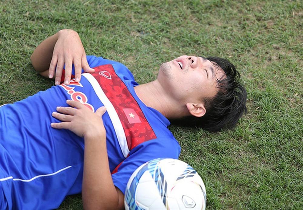 minh-vuong-chan-thuong-kha-nang-lo-hen-2-tran-dau-cua-vl3-world-cup-2022