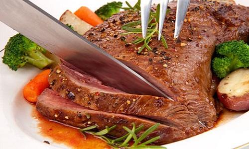 Mơ thấy ăn thịt bò