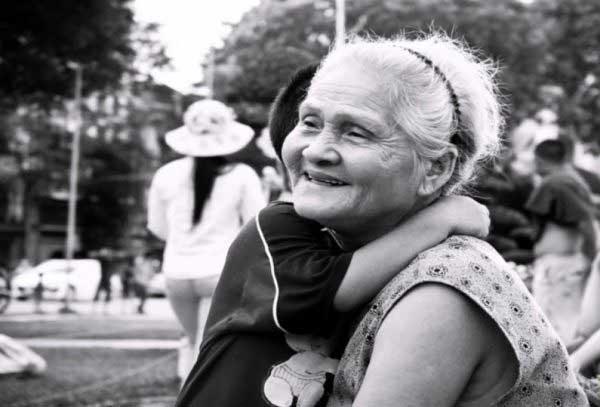 Mơ thấy bà nội đã mất