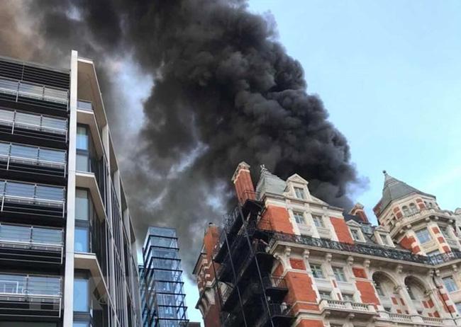 Mơ thấy bị cháy khách sạn