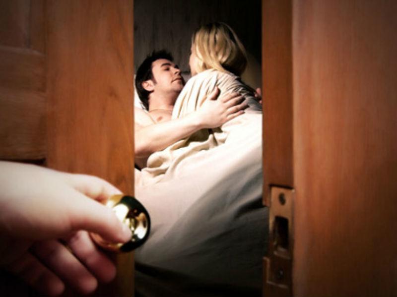 Mơ thấy chồng ngoại tình