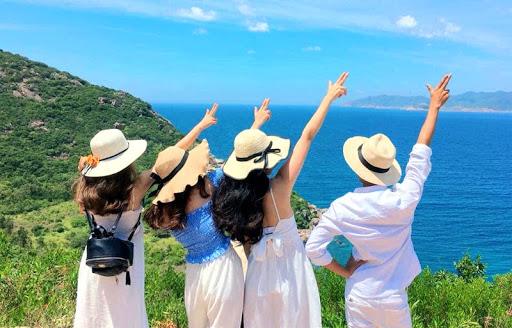 Mơ thấy đi du lịch với bạn bè