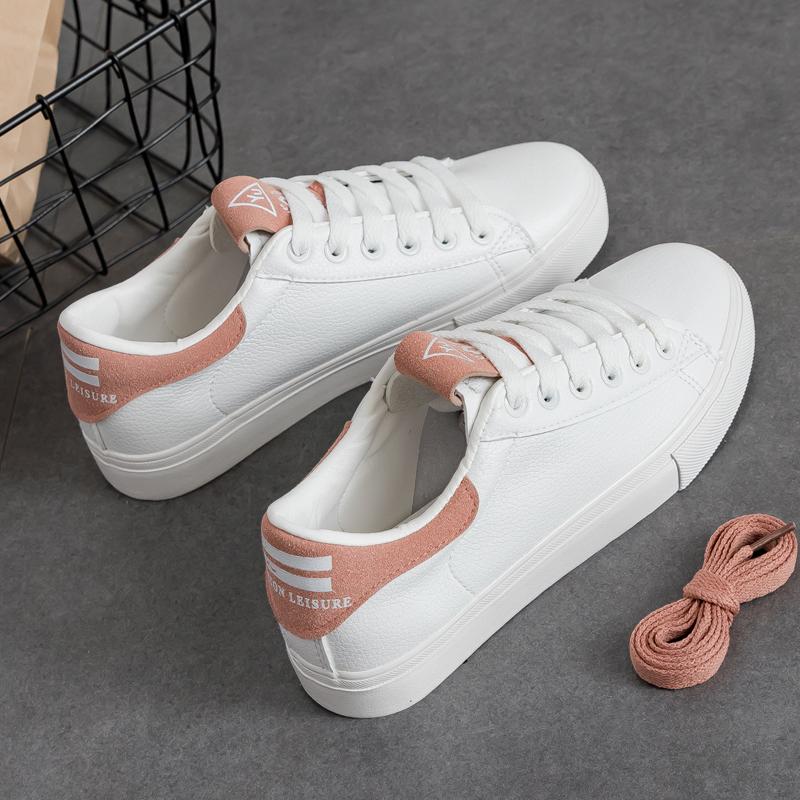 Mơ thấy một đôi giày ba ta mới