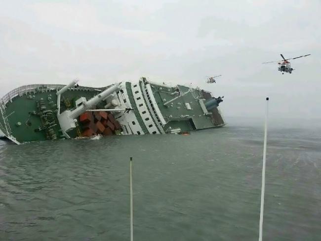 Mơ thấy gặp phà chìm