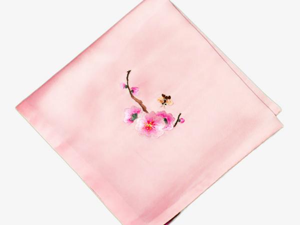 Mơ thấy khăn màu hồng