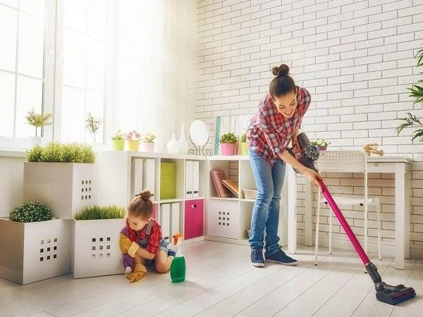 Mơ thấy mình đang lau chùi nhà cửa