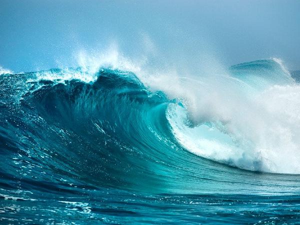 Mơ thấy sóng biển dữ dội