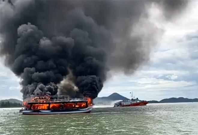 Mơ thấy tàu thủy cháy