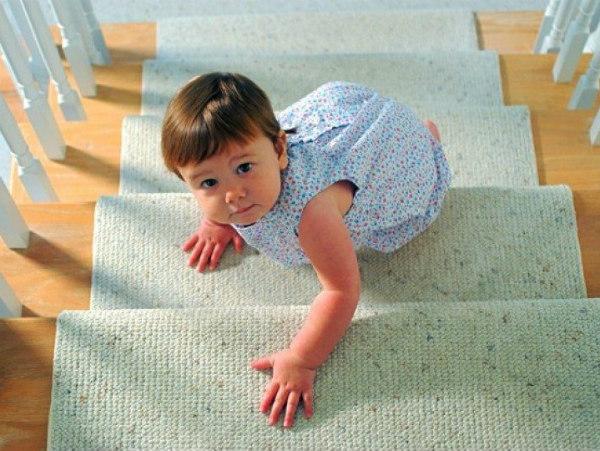 Mơ thấy trèo cầu thang lên tầng