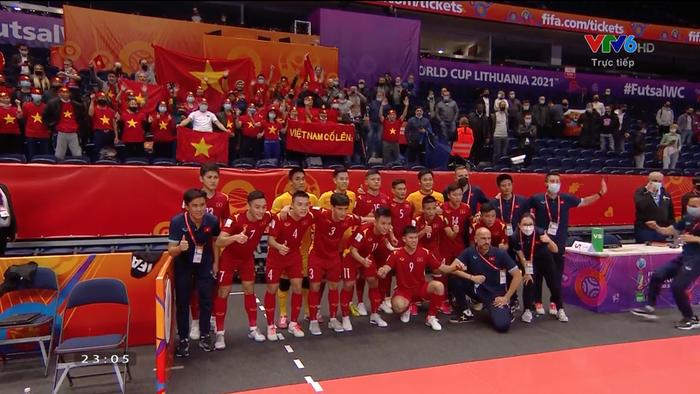 nhin-lai-nhung-khoanh-khac-xuc-dong-cua-dt-viet-nam-khep-lai-hanh-trinh-tai-vck-futsal-world-cup-2021-