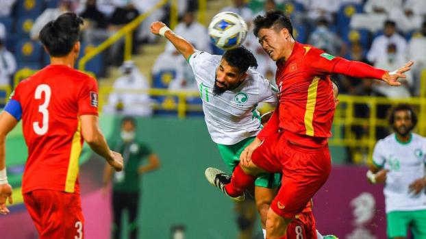 Sau khi trận đấu giữa ĐT Việt Nam và Ả Rập Xê Út kết thúc, trợ lý ngôn ngữ của HLV Park Hang-seo - ông Lê Huy Khoa đã có những chia sẻ ngắn gọn trên trang cá nhân của mình để bày tỏ cảm xúc của mình sau trận thua đáng tiếc tại vòng loại 3 World Cup 2022.