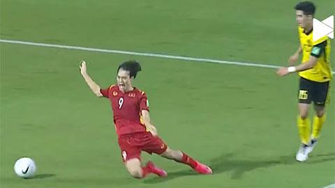 van-toan-ban-ao-in-hinh-cu-nga-penalty-fan-thai-mia-mai